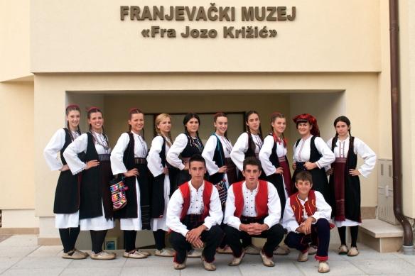 """Folklorna skupina otvaranje muzeja """"Fra Jozo Križić"""" Duvno"""