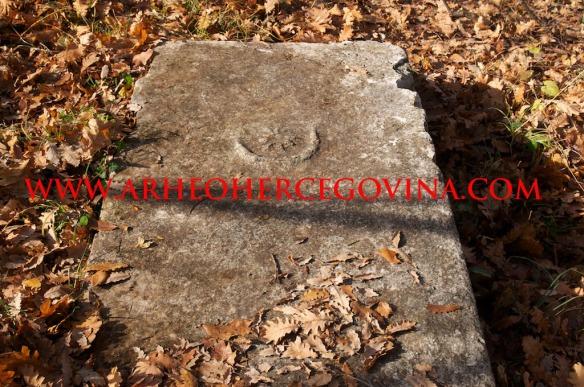 Bilig iz središnje skupine nekropole Lučine.
