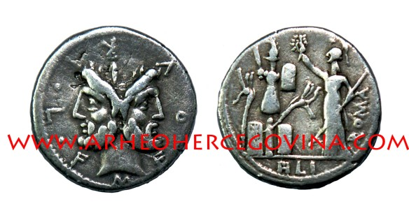 Denar M Furius Philus, kovnica Roma, 119. pr. Kr. nalazište Hardomilje Ljubuški, avers okrunjena glava Janusa, revers prikaz božice Rome sa žezlom kako kruni tropej (foto I. Dragicevic)