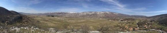 Pogled na visoravan Rakitno (foto Lj. Oreč)