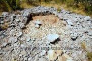 Ostaci grobnice 2