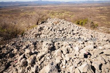 Megalitski gradinski bedem na strmoj padini