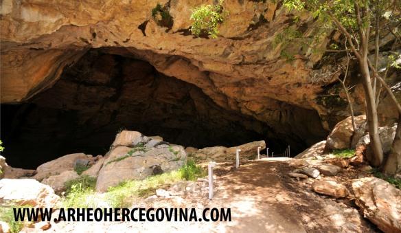 Otvor Ravlića pećine