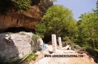 Ulaz u Ravlića pećinu