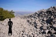 Suhozidna građevina oštećena vojnom mehanizacijom
