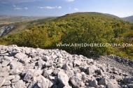 Pogled s gradinskog lokaliteta Ograđ na brdu Kvanj prema istoku